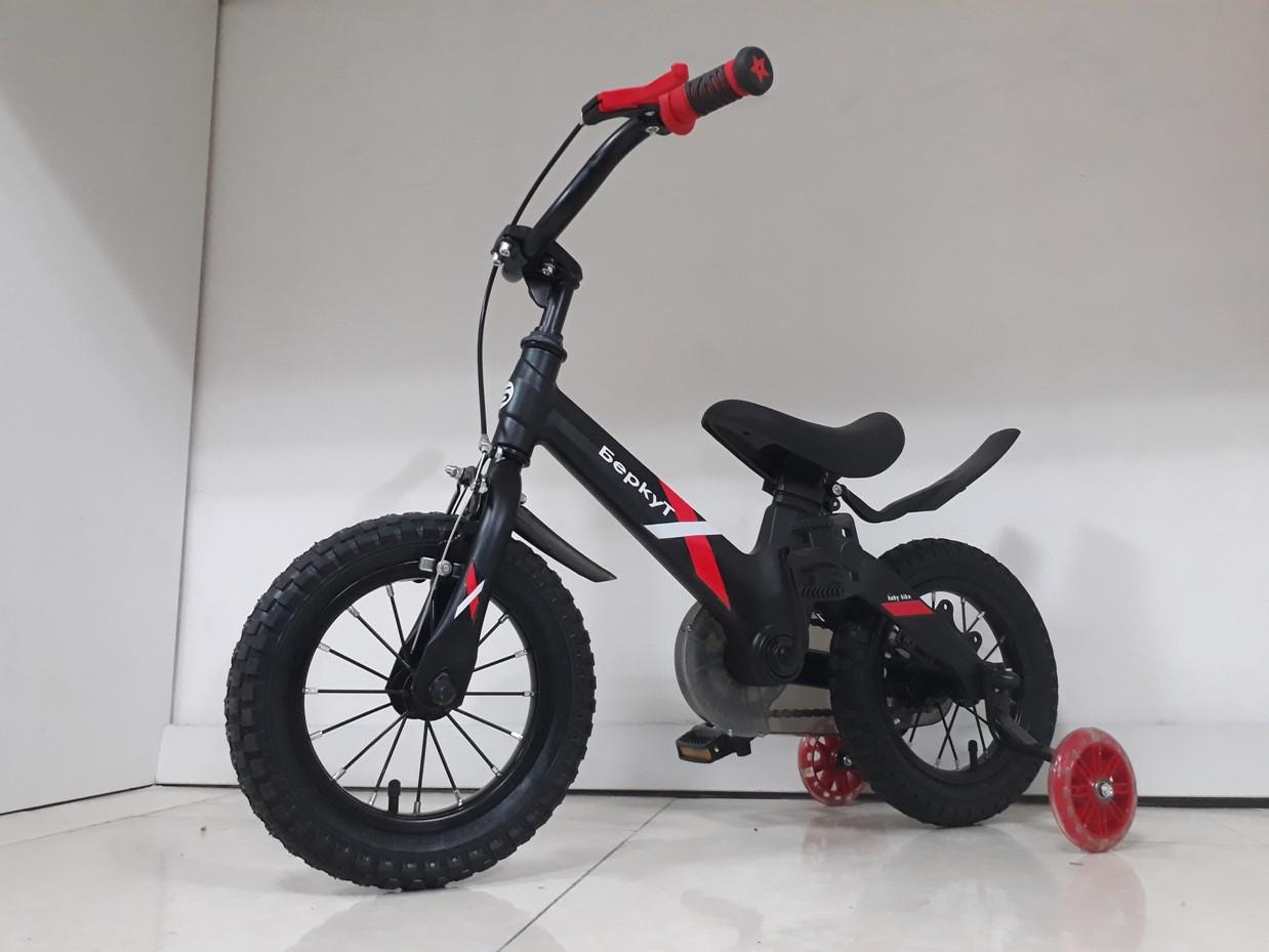 Детский велосипед Беркут 12 колеса. Алюминиевая рама. Легкий