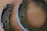Колодки тормозные задние барабанные Mitsubishi L200 KB4T, фото 2