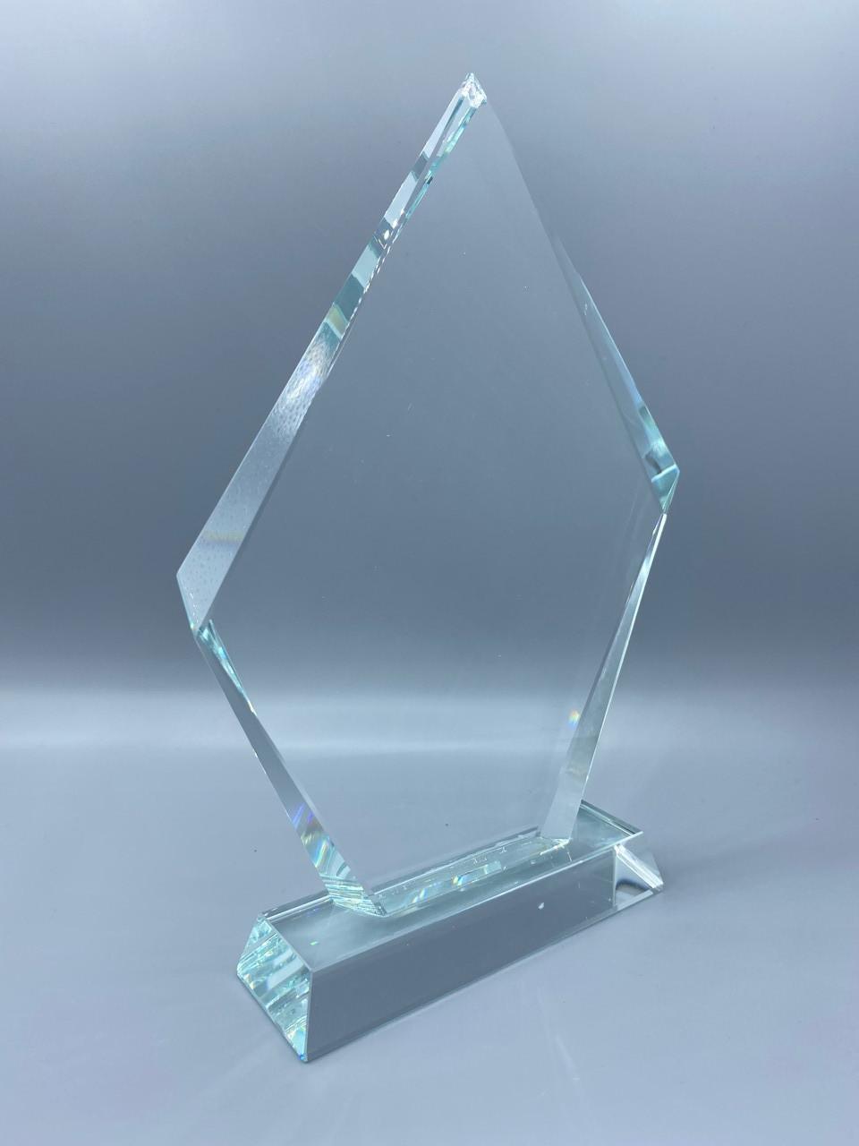 "Награда стеклянная ""айсберг большой"",размер - 195*135*18мм"