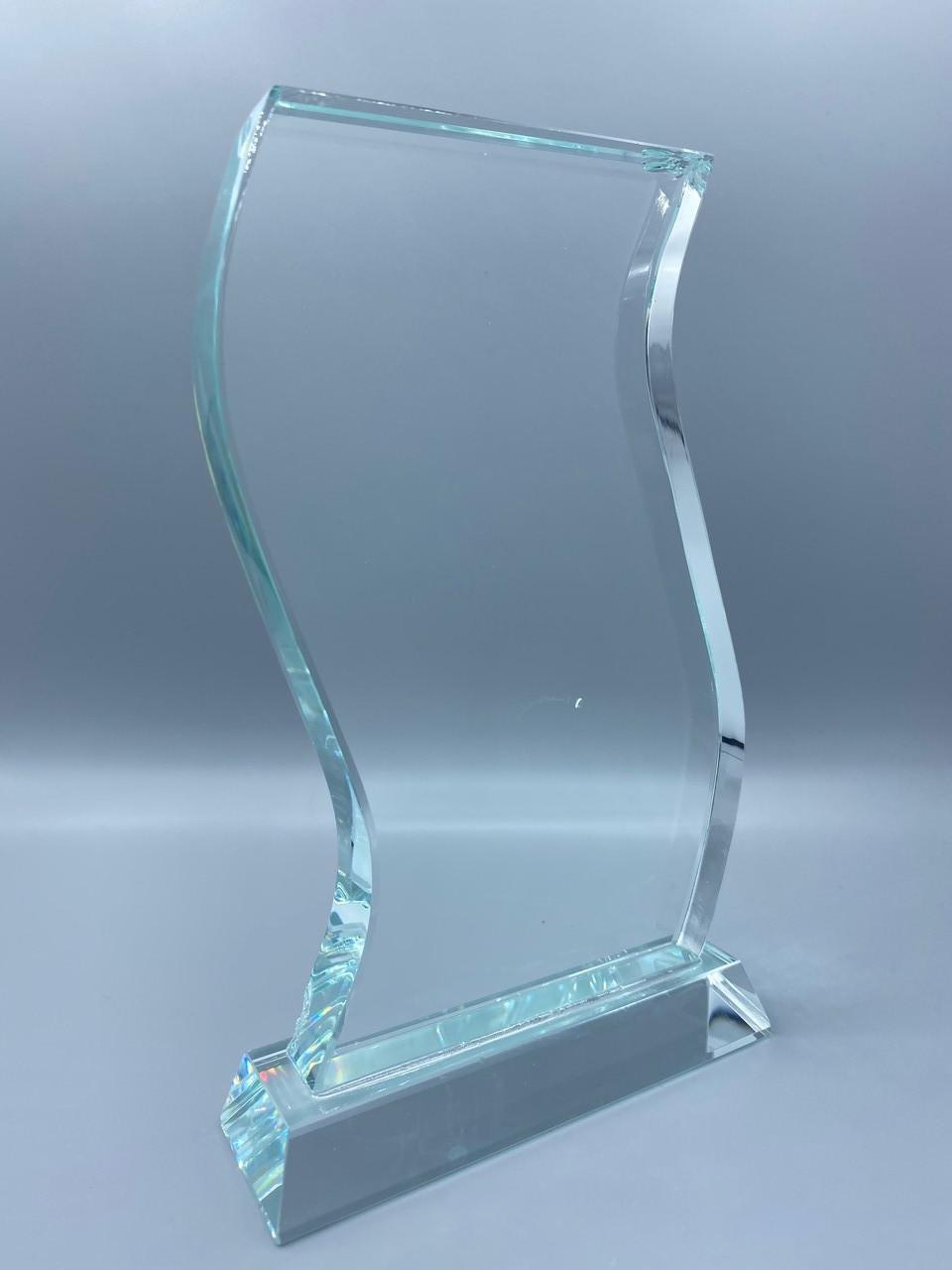 Награда стеклянная, размер - 178х96x18мм