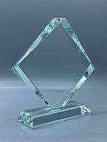 Награда стеклянная,размер - 100*100мм