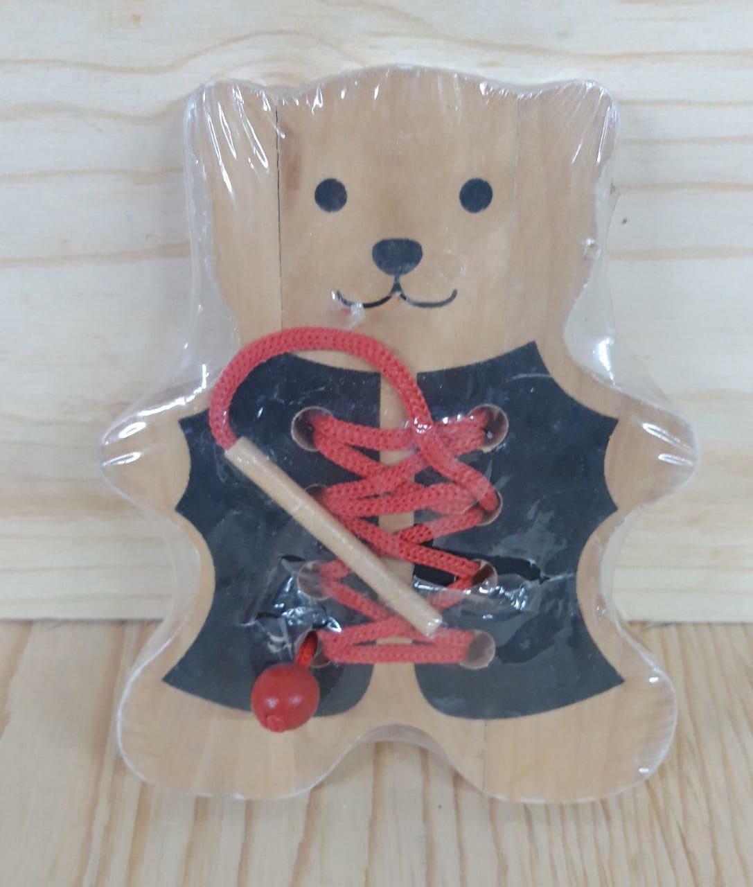 Деревянная шнуровка  (небольшя трещина)