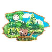 """Часы с картиной """"Медведь с рыбой лето"""" 50х32 см каменная крошка"""