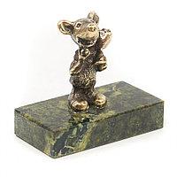 """Бронзовая статуэтка """"Мышонок с цветком"""" змеевик"""