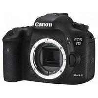 Canon EOS 7D Mark II Body + Wi-fi adapter
