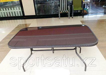 Обеденный стол (искусственный ротанг)