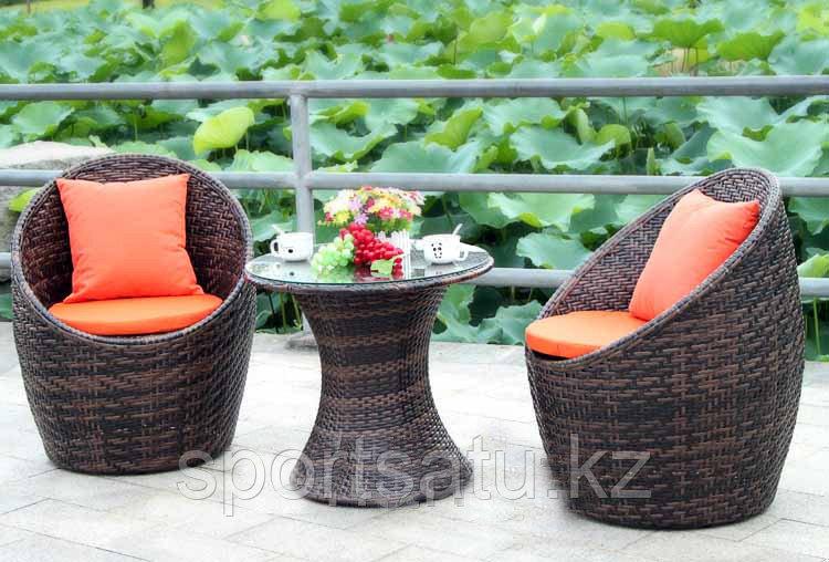 Набор мебели, стол + 2 кресла