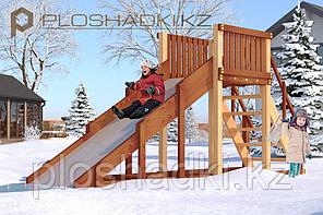 Детская площадка Савушка Зима-2 (4,57 х 1,29 х 2,2), заливной скат, лестница с перилами и ступенями.