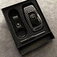 Чехол на ключ железный на Camry 70 2018-