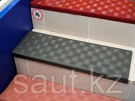Накладка на ступень (Проступь) Удлиненная Елочная 1200x300x30 Цветная, фото 2