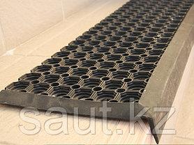 Ступенька (Проступь) со сквозными отверстиями 800х260х16 + Отвисающая часть 40 мм., фото 3