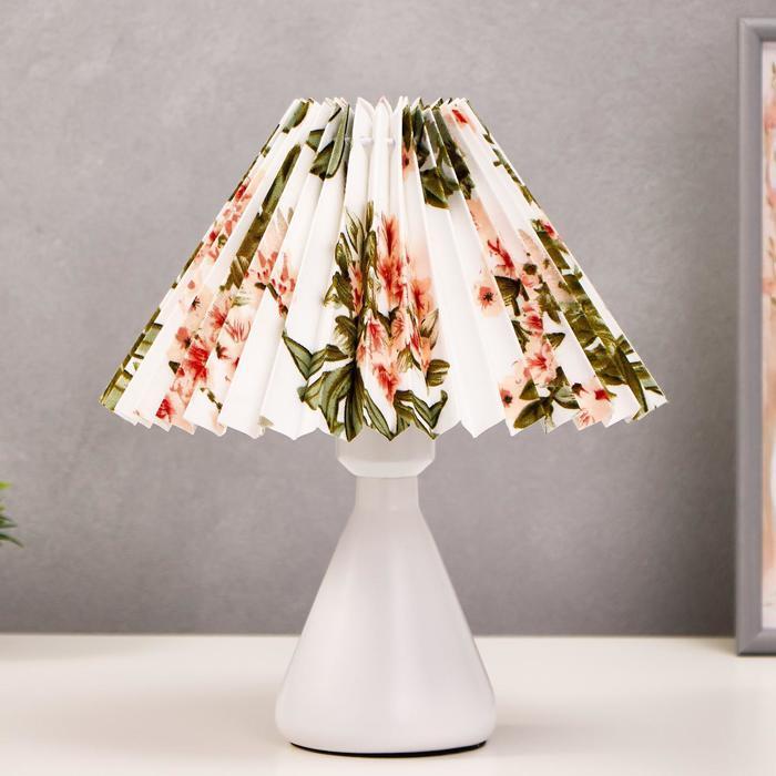 Лампа настольная 16156/1 E27 40Вт белый 25х25х27 см