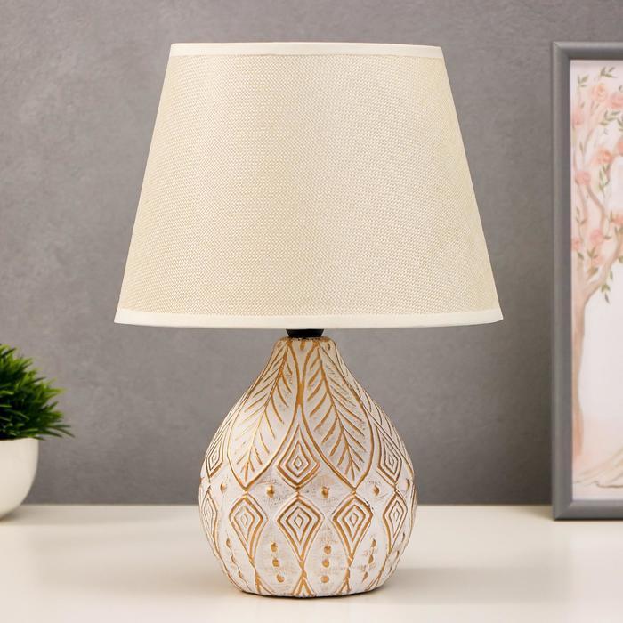 Лампа настольная 38047/1 E14 40Вт белый с золотой патиной 23х23х32 см