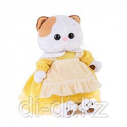 ЛИ-ЛИ В  жёлтом платье с передником