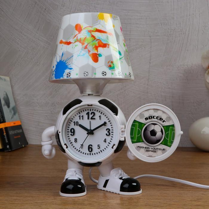 """Часы-светильник """"Футбол"""", с будильником, 3 AA. от сети. дискретный ход"""