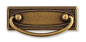 Ручка-скоба, 'Art Nouveau' 97х45мм, 64мм, латунь пат., прямоуг. накл., винт