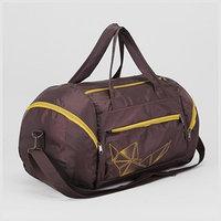 Сумка спортивная, отдел на молнии, 3 наружных кармана, регулируемый ремень, цвет коричневый