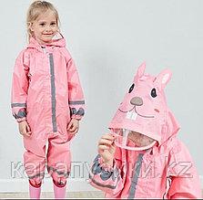 Дождевик  детский розовый кролик