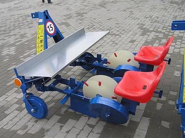 Рассадопосадочная машина Agromax 2х рядная S237