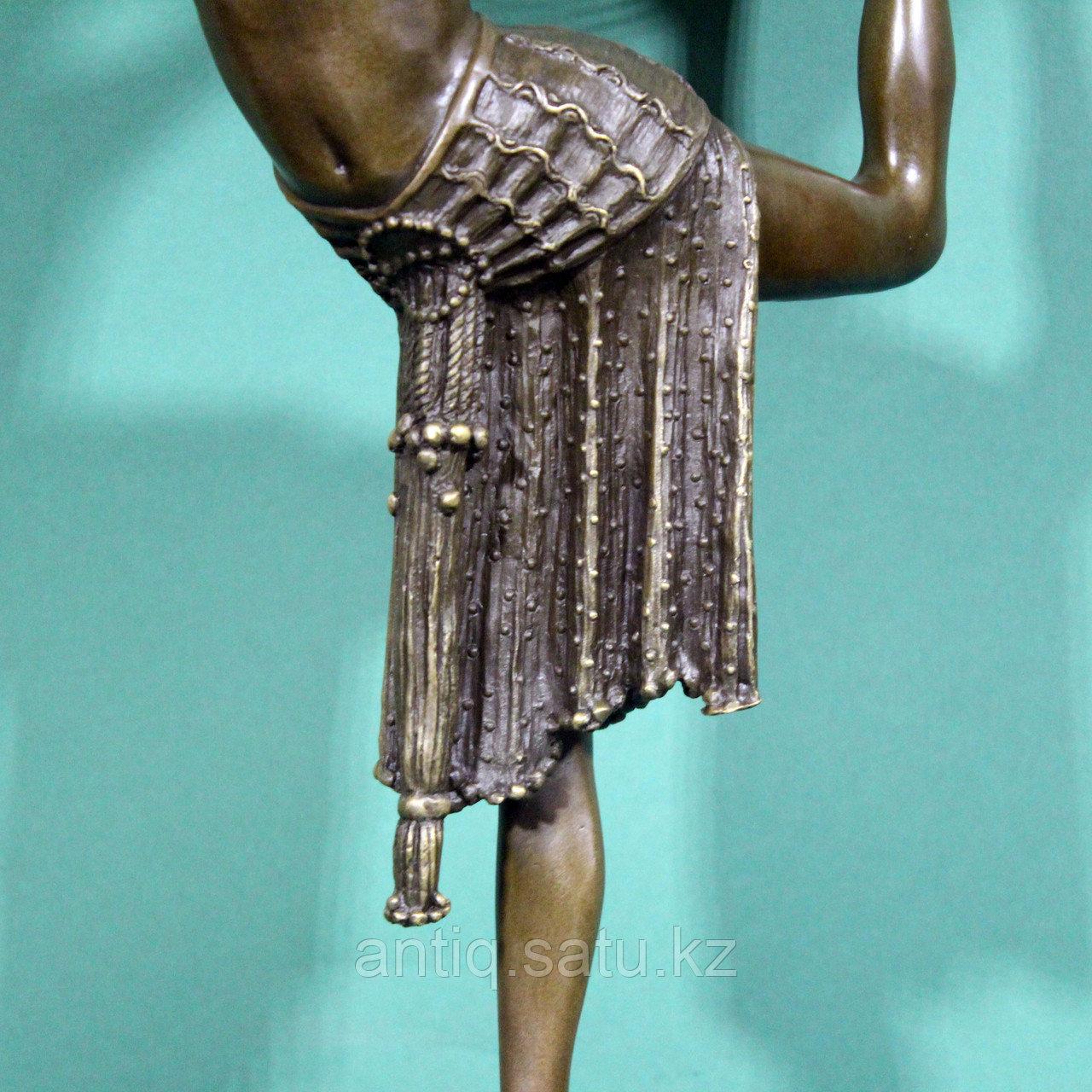 Танцовщица с обручем. По модели французского скульптора Demetre H. Chiparus - фото 4