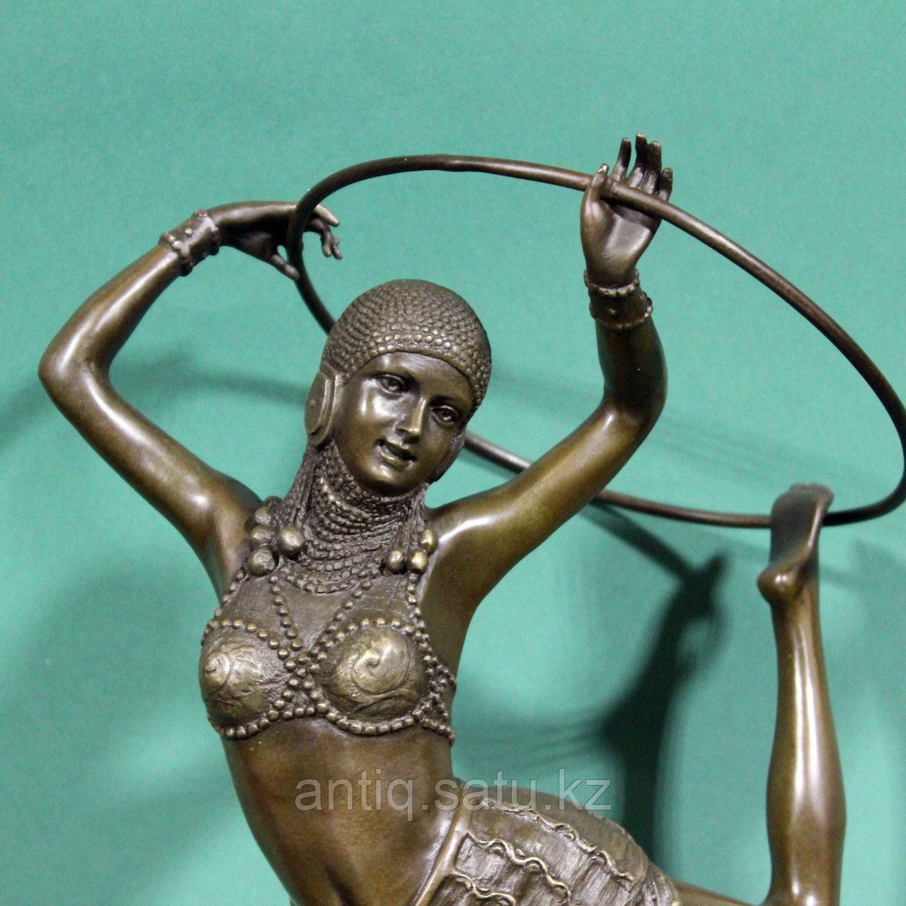 Танцовщица с обручем. По модели французского скульптора Demetre H. Chiparus - фото 5