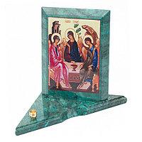 Икона с подсвечником Святая Троица средняя из змеевика 12х12х13 см