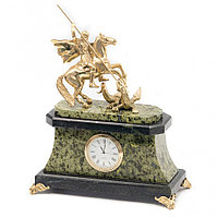 """Каминные часы из камня с бронзой """"Святой Георгий Победоносец"""" змеевик"""