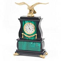 """Декоративные часы из малахита """"Орел на камне"""" бронза"""