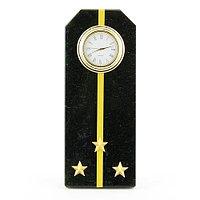 """Часы """"Погон старший лейтенант ВМФ"""" камень змеевик"""