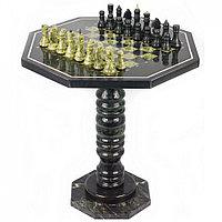 Шахматный стол из змеевика