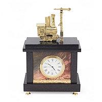 """Часы """"Паровоз с семафором"""" камень яшма бронза"""