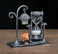 Сувенирные часы песочные Уличный фонарик с подсветкой 15,5х6,5х15,5 см