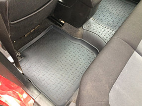 Резиновые коврики с высоким бортом для Mitsubishi Outlander I 2003-2008, фото 3