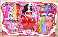 Немного помятая!!! 093 Кукла 15 платьев+шляпа+аксесс. 51*32см, фото 1