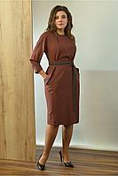 Женское осеннее коричневое большого размера платье Angelina 605 46р.