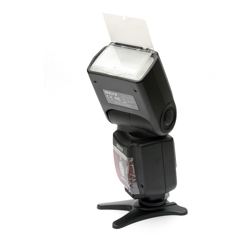 Вспышка Meike Nikon 950 II