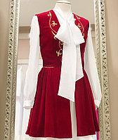 Камзол женский с узором красный