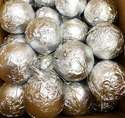 Шоколадные новогодние игрушки на Ёлку (Шарики Серебрянные) 1кг