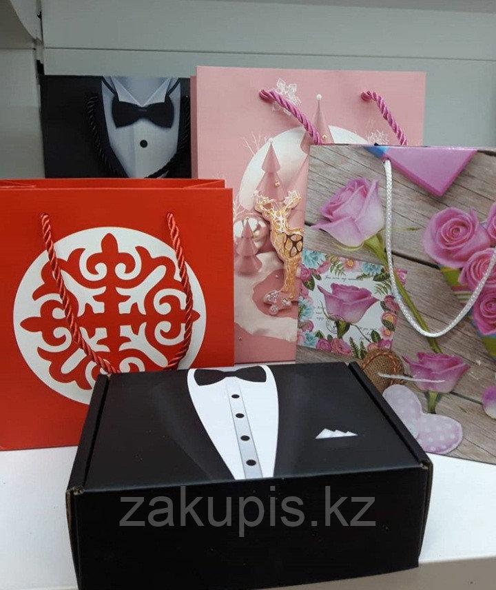 Подарочные упаковки (пакеты, коробки, упаковочная бумага)