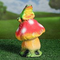 """Садовая фигура """"Жаба на грибе"""", разноцветный, 22 см, фото 1"""