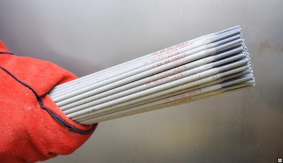 Электроды ОК 61.30 нерж пачка 4 1 кг 4 0 х 350 мм кг
