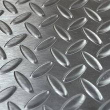 Лист стальной рифленый AISI 304 х/к 2х1000х2000 нерж. кг