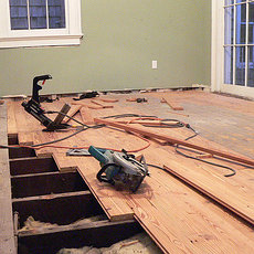 Услуги по устройству и ремонту полов, стен и потолков, общее
