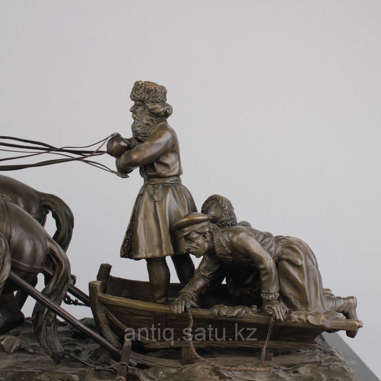 Солдаты на русской тройке. По модели известного скульптора Е. И. Напс (1848-1886) - фото 3
