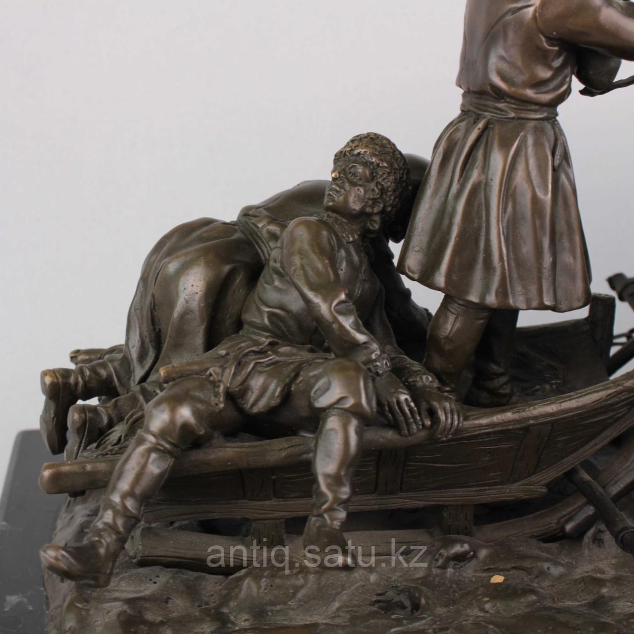 Солдаты на русской тройке. По модели известного скульптора Е. И. Напс (1848-1886) - фото 6