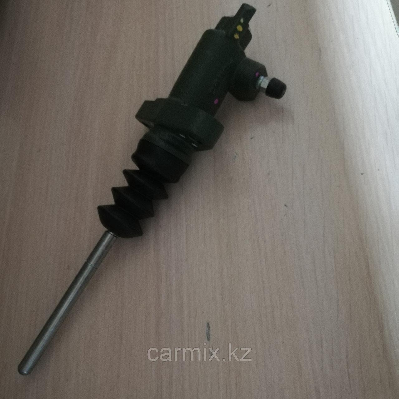 Цилиндр сцепления рабочий Mitsubishi L200