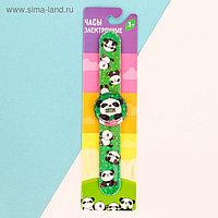 Часы наручные электронные «Панда», 22.5 × 4.5 см