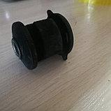 Сайлентблок рычага подвески Camry / Avalon, фото 2