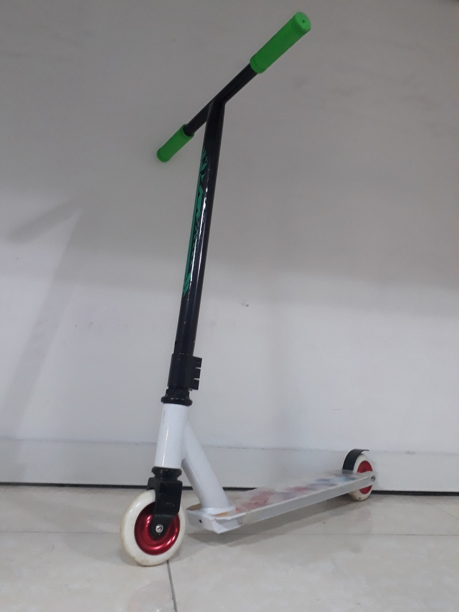 Трюковый самокат Scooter по акции. Тэшка. Прямой руль