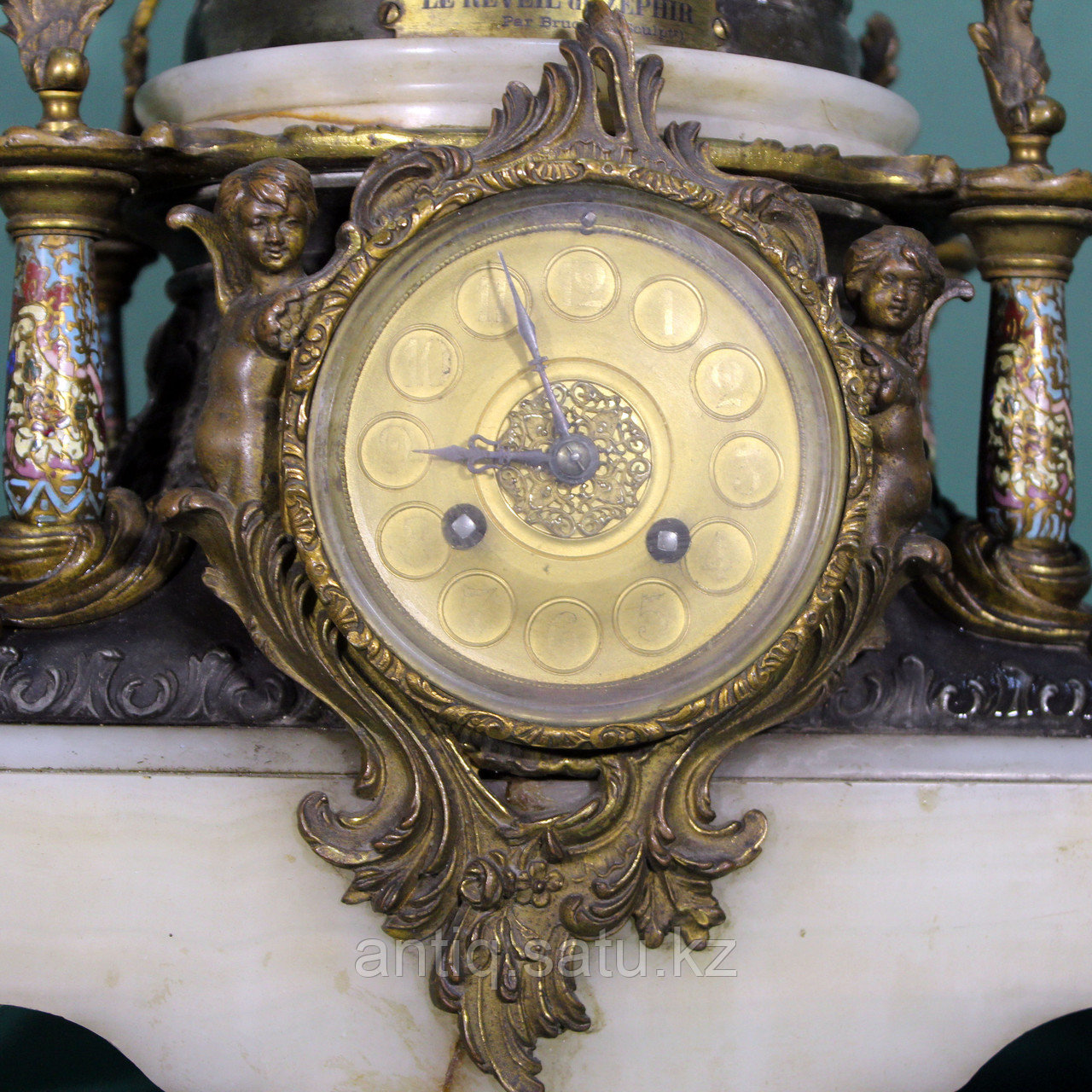 Каминные часы в стиле Историзм Часовая мастерская S. Marti Скульптор Emile Bruchon (1806-1895) - фото 7